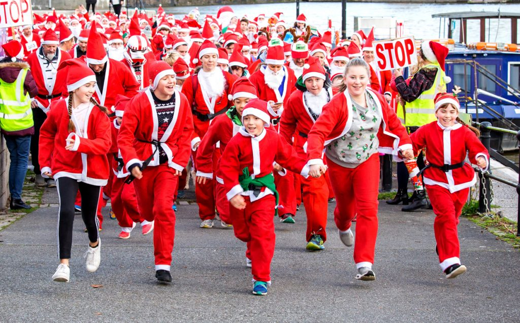 Brixham's Santa Run