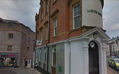 Last bank closes on 'sad day' for the town